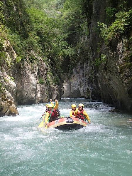 Descente en rafting dans la Vésubie Alpes Maritimes proche de Nice 06.